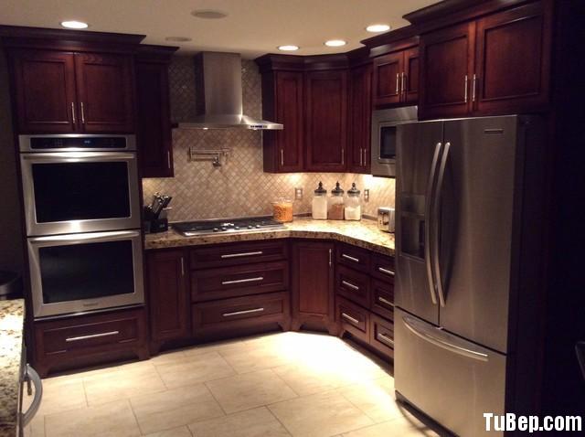 e1f2669b36cscasc.jpg   Tủ bếp gỗ tự nhiên – TVN351
