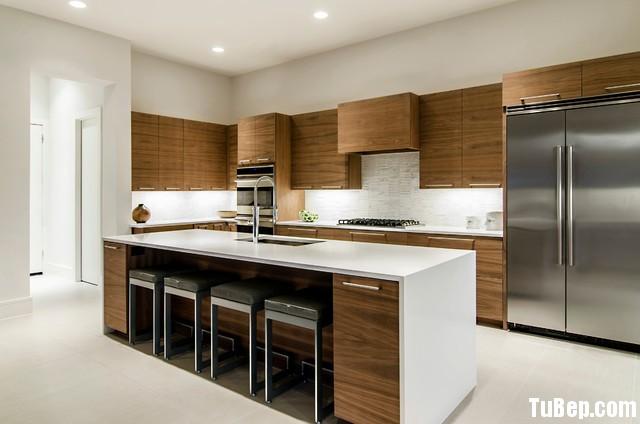 a694d07352e3geqg.jpg   Tủ bếp gỗ tự nhiên – TVN382