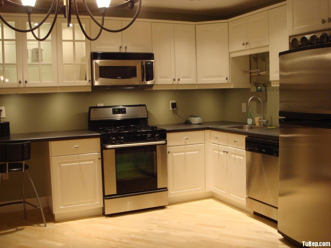 acdb57a62f2507 4.jpg Tủ bếp gỗ tự nhiên Sồi Mỹ sơn men – TVB397