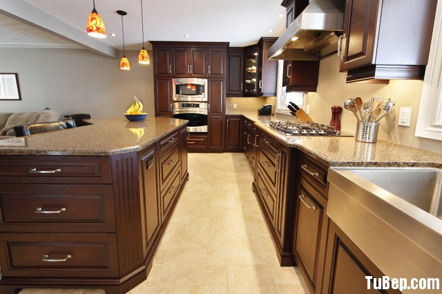 acc061f547đào.jpg Tủ bếp gỗ tụ nhiên Xoan đào kết hợp bàn đảo – TVB362
