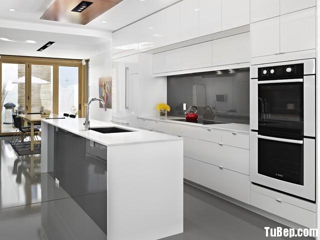 b213db811biep 15.jpg Tủ bếp Acrylic màu trắng chữ I có đảo TVT0565