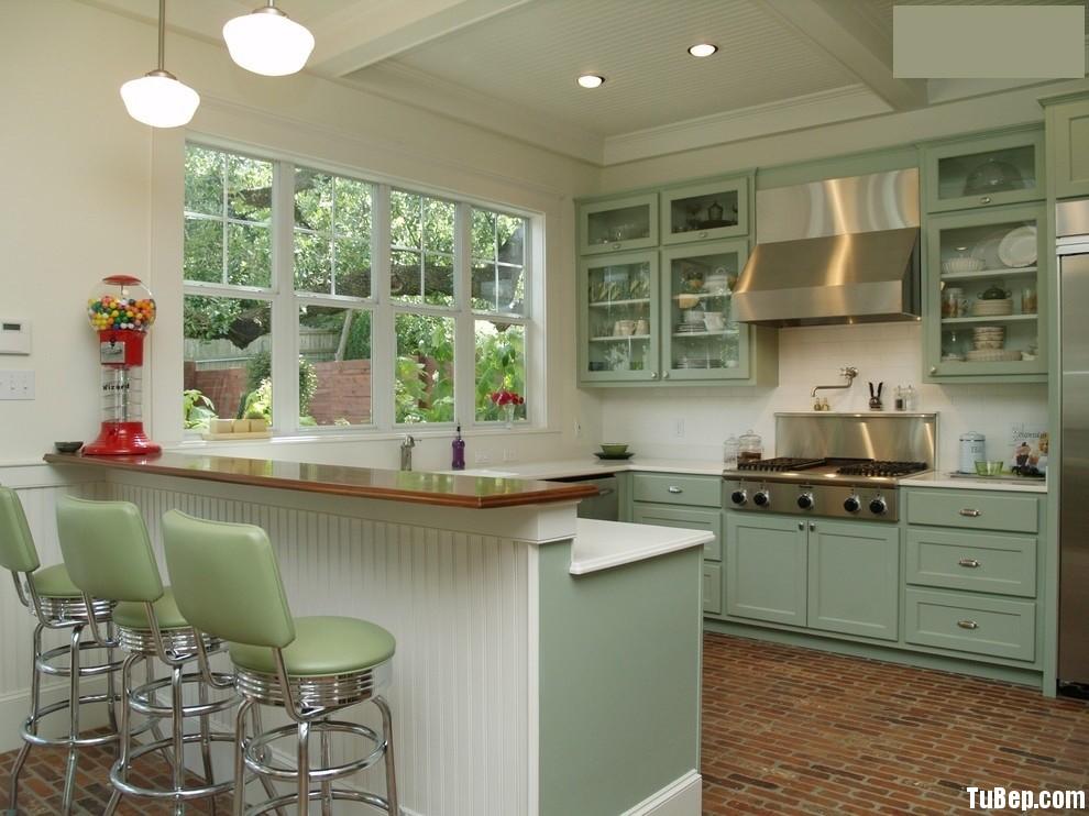 988a55fbfemen 11.jpg Tủ bếp gỗ tự nhiên sơn men màu xanh nhạt chữ L có bar TVT0508
