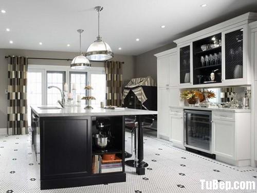 7de5aca32b1608 2.jpg Tủ bếp gỗ tự nhiên sơn men trắng + bàn đảo – TVB543