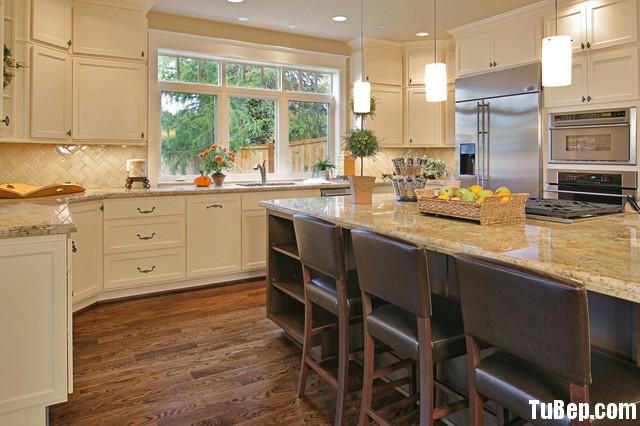 b811dcb9b12407 3.jpg Tủ bếp gỗ tự nhiên sơn men trắng + bàn đảo – TVB591