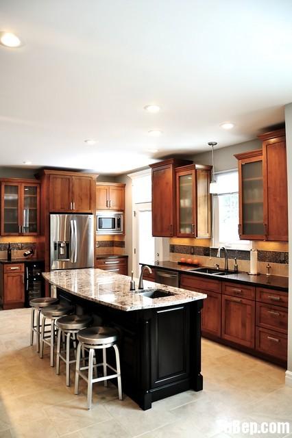 23f54fe100RỦ.jpg Tủ bếp gỗ tự nhiên – TVN557