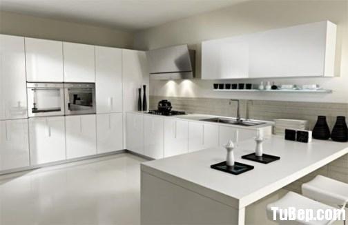 82b24f678f9 b129.jpg Tủ bếp Acrylic màu trắng chữ U – TVB674
