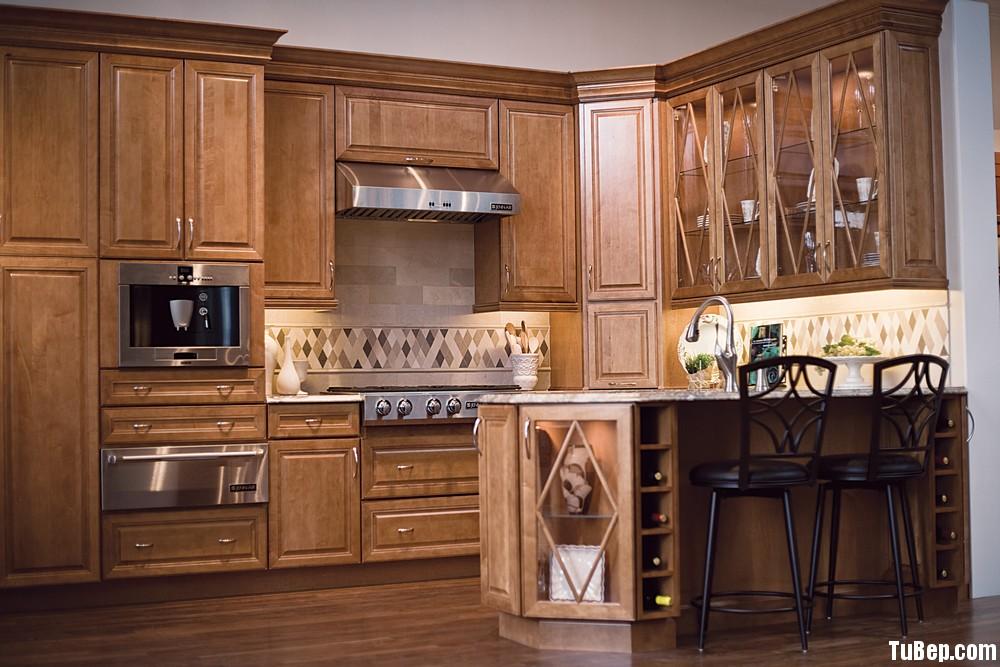e1bb05b984hứ U.jpg Tủ bếp gỗ tự nhiên chữ L có đảo TVT0708