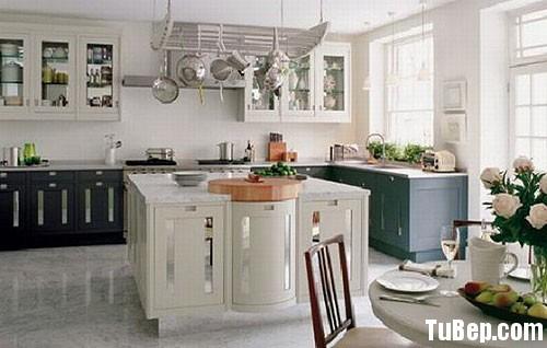 3eb2652e21bep 4.jpg Tủ bếp gỗ tự nhiên sơn men trắng kết hợp xám chữ L có bàn đảo TVT0759