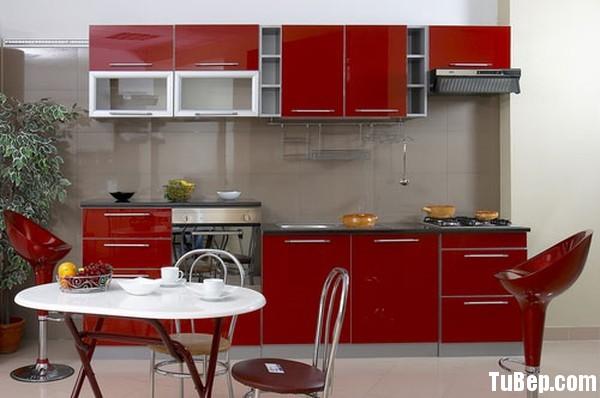 a91a2c9dc8ung cu.jpg Tủ bếp gỗ Acrylic màu đỏ chữ I TVT0770