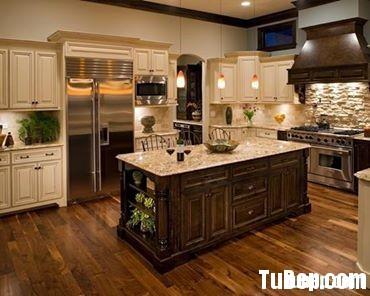 dd8235cd30TVB041.jpg Tủ bếp gỗ tự nhiên mang phong cách cổ điển – TVB684