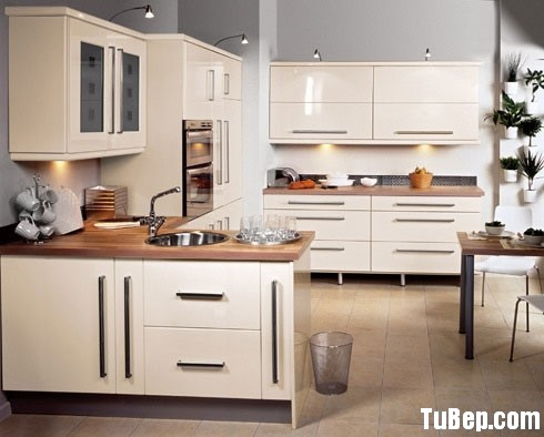 b28b0cdff6ắng1.jpg Tủ bếp Acrylic màu trắng chữ U – TVB741