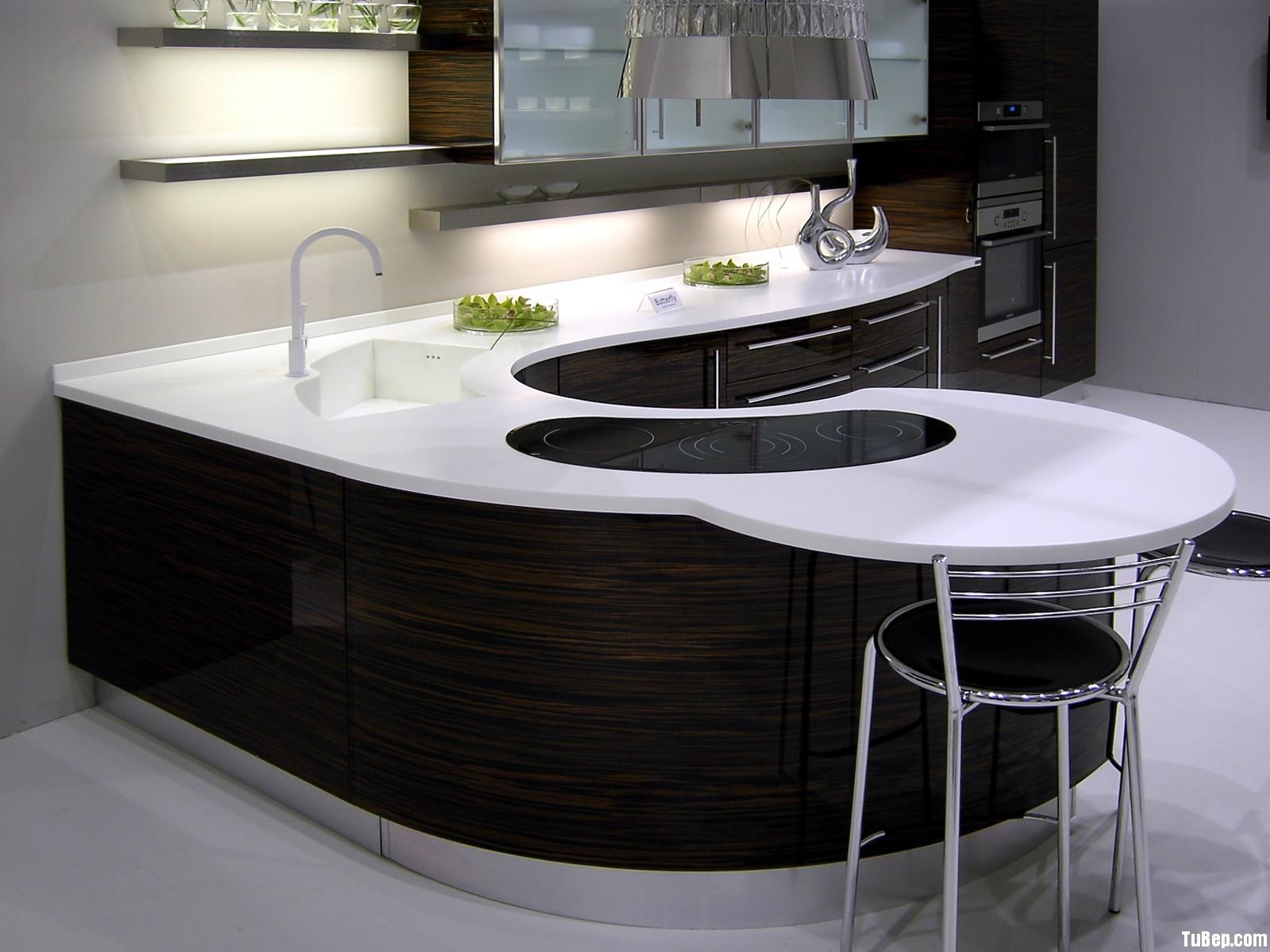 b6290e6e0475464e.jpg Tủ bếp Acrylic có đảo – TVB711