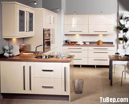 1e380d17a21 b131.jpg Tủ bếp Acrylic màu trắng chữ U TVT0678