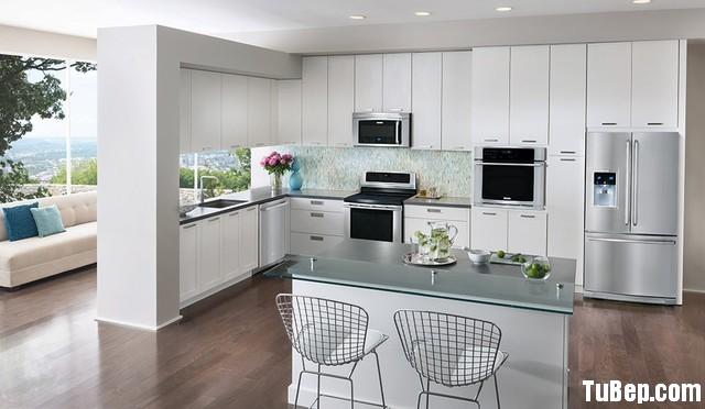 125caf93d8rắng.jpg Tủ bếp gỗ Acrylic trắng có đảo – TVB832