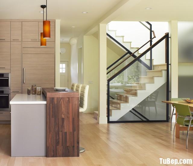 071e0ba4349.jpg Tủ bếp Laminate màu vân gỗ có bàn đảo TVT0898