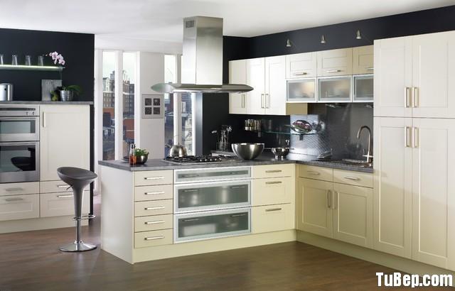 a7b4f4bccfets 24.jpg Tủ bếp gỗ Laminate màu trắng kem có đảo – TVB0968