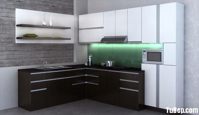 6c98c931e1422196.png Tủ bếp Laminate màu trắng kết hợp vân gỗ chữ L – TVB0854