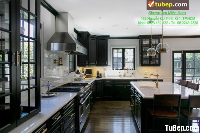 d272bf1d16ikj.jpg Tủ bếp gỗ tự nhiên – TVN953