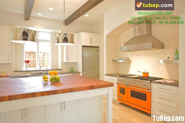 878d5a2724ukyky.jpg Tủ bếp gỗ tự nhiên – TVN1001