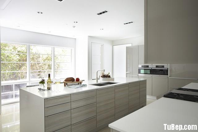 7d0f6d67a213.jpg Tủ bếp gỗ Acrylic màu trắng chữ I có đảo TVT0868