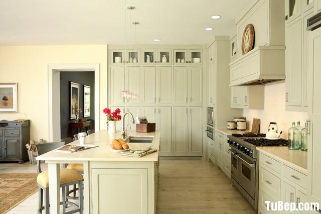 d4c9ea9fa832.jpg Tủ bếp gỗ Sồi tự nhiên chữ I sơn men trắng kem có đảo TVT0495