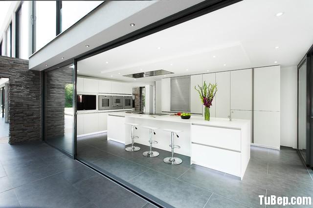 96dbb303481332.jpg2 Tủ bếp gỗ Acrylic màu trắng bóng gương hình chữ I TVT0566