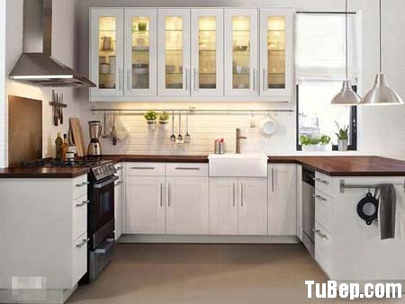 1d35759577hữ U.jpg Tủ bếp gỗ tự nhiên sơn men trắng chữ U – TVB1022