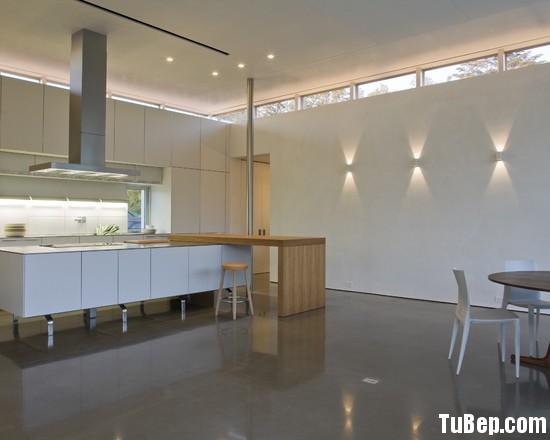 8fe00204edhmfrhm.jpg Tủ bếp gỗ tự nhiên – TVN1108