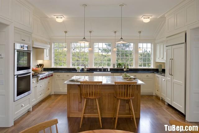 7c000d718f50.jpg Tủ bếp gỗ Sồi tự nhiên sơn men trắng hình chữ U có đảo TVT0523