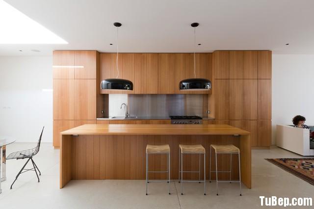 a77c34aa6f172.jpg Tủ bếp gỗ Laminate chữ I màu vân gỗ có đảo TVT0519
