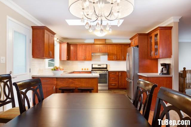 1a59a83f8eHGJGJG.jpg Tủ bếp gỗ tự nhiên  công nghiệp – TVN1068