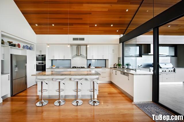 7100e8a75a155.jpg Tủ bếp gỗ Acrylic màu trắng hình chữ L có đảo TVT0580