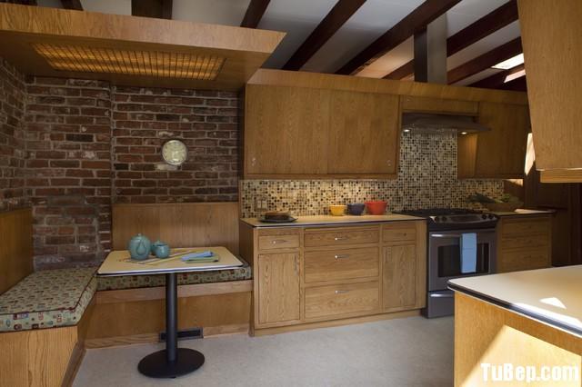 de0037b58akfcjcf.jpg Tủ bếp gỗ tự nhiên + công nghiệp – TVN1163