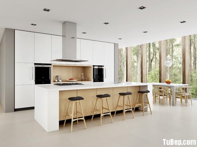 ad94cea1b4147.jpg Tủ bếp gỗ Acrylic màu trắng phối vân gỗ chữ I có đảo TVT0497