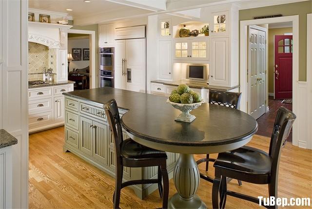 1b81419e6984.jpg Tủ bếp gỗ Sồi tự nhiên sơn men trắng phối xanh có đảo TVT0577
