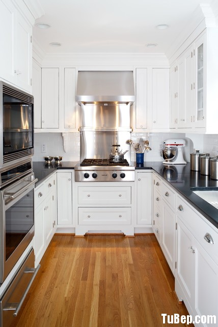14a39c5a8459.jpg Tủ bếp gỗ Sồi tự nhiên hình chữ U sơn men màu trắng TVT0489