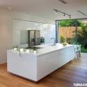 Tủ bếp Acrylic trắng chữ I có đảo   TVB0847