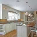 Tủ bếp gỗ tự nhiên – TVN1335