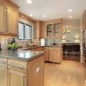 Tủ bếp gỗ tự nhiên Tẩn Bì – TVB309