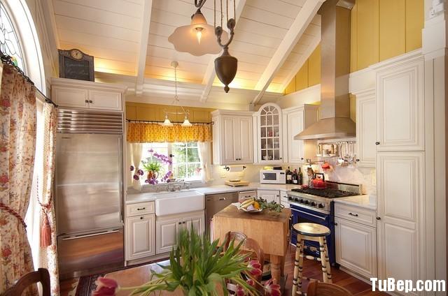 ecca9c3b88UO9P67.jpg Tủ bếp gỗ tự nhiên – TVN1401