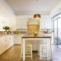 Tủ bếp gỗ tự nhiên – TVN1008