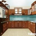Tủ bếp gỗ xoan đào có bàn bar – TVB481