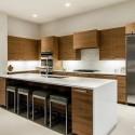 Tủ bếp laminate màu vân gỗ chữ L có đảo   TVB818