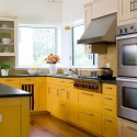 Tủ bếp gỗ tự nhiên Sồi Mỹ sơn men – TVB433