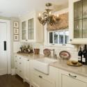 Tủ bếp gỗ tự nhiên Tần Bì sơn men trắng – TVB325