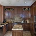 Tủ bếp gỗ tự nhiên – TVN558