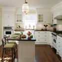 Tủ bếp gỗ tự nhiên sơn men trắng – TVB658