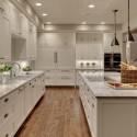 Tủ bếp gỗ tự nhiên Sồi Nga sơn men trắng – TVB335