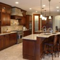 Tủ bếp gỗ tự nhiên Căm Xe – TVB357