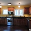 Tủ bếp gỗ tự nhiên Xoan đào – TVB671